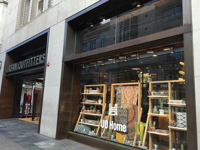 アーバンアウトフィッターズ urban outfittersの新作商品、入手困難なアイテム、日本未上陸品、激安品、限定品、お値打ち品、バーゲンセール品、個人輸入、海外通販、代行サービスをイギリスから EG代行