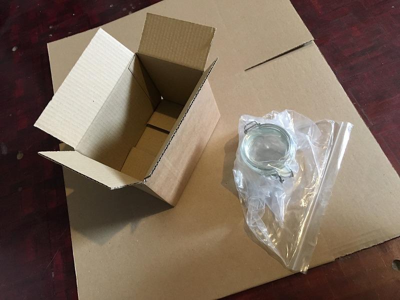 こだわりの梱包 ガラスのジャーをInstapak インスタパックで梱包 4